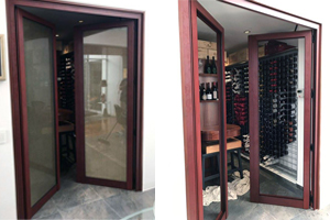 Double glazing for wine cellars